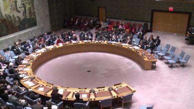 صورة أمريكا تتهم دولا بإمداد قوات حفتر بالسلاح لإطالة معاناة الليبيين.. وتهدد بعقوبات