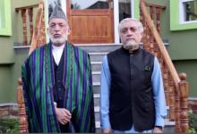 صورة أنباء عن فرض طالبان الإقامة الجبرية على كرزاي وعبد الله