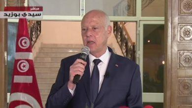 صورة الرئيس التونسي: التدابير الاستثنائية ستتواصل ورئيس حكومة وقانون للانتخابات بالطريق