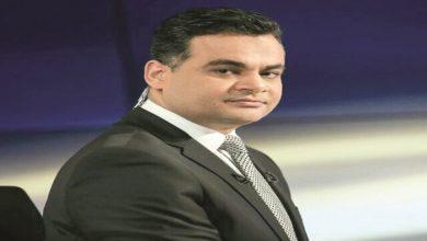 صورة السفارة المصرية بالدوحة تحتجز جواز سفر مذيع الجزيرة أحمد طه (فيديو)