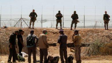 صورة الشاباك الإسرائيلي يتلقى 250 بلاغا كاذبا حول مكان الأسرى الستة