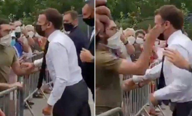 بعد خروجه من السجن.. أول تعليق من الفرنسي الذي صفع الرئيس ماكرون على وجهه