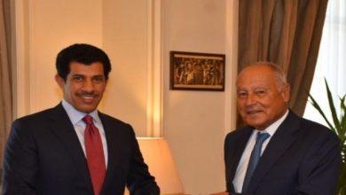 صورة سفير قطر بمصر يقدم أوراق اعتماده مندوبا لبلاده بالجامعة العربية