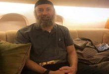"""صورة شاهد.. أول صورة لـ """"الساعدي القذافي"""" داخل طائرة بعد الإفراج عنه"""