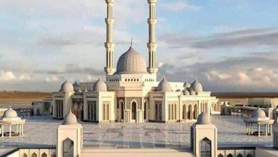 صورة شاهد سلالم أكبر مسجد في مصر وإفريقيا تثير جدلاً بين المصريين