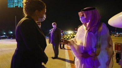 صورة في زيارة رسمية.. وزير الخارجية يصل ألبانيا