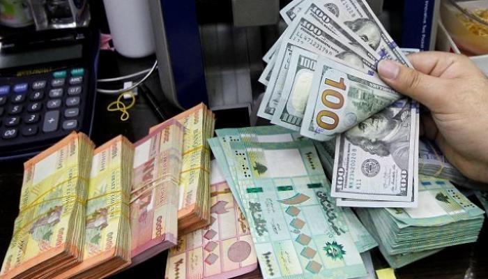 لبنان يمنح مساعدات نقدية بالدولار للأسر الفقيرة الشهر المقبل