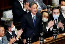 صورة مع تراجع شعبيته.. رئيس وزراء اليابان يعتزم الانسحاب من السلطة