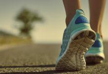 صورة كم عدد خطوات المشي الصحي يوميا