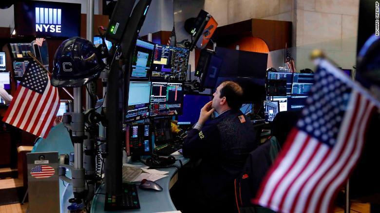 صورة لماذا قفزة الأسهم الأمريكية الى مستويات قياسية؟