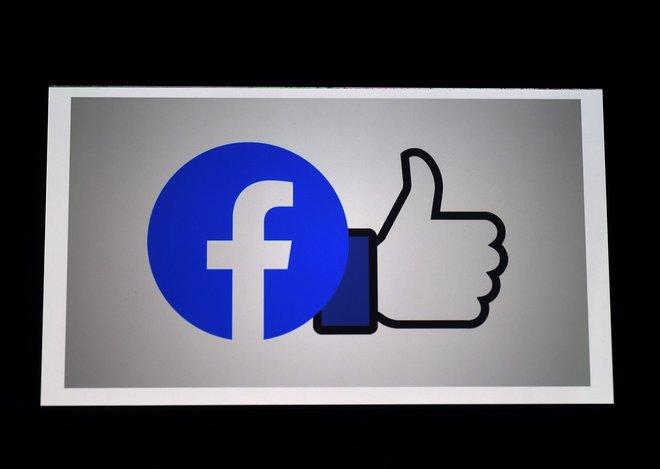 """صورة """"فيسبوك"""" تلغي زر الإعجاب من الصفحات العامة"""
