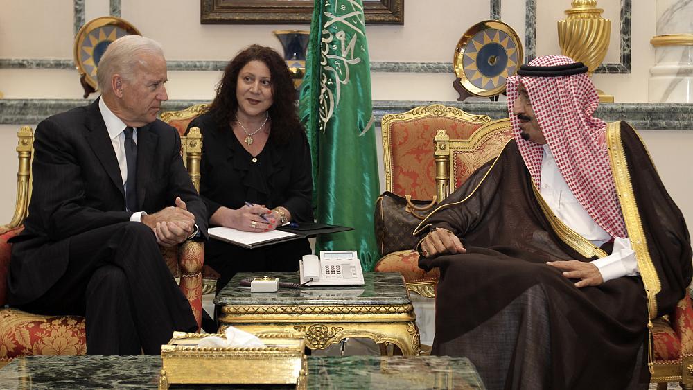 صورة صحيفة: السعودية تسترضي إدارة بايدن بثلاثة تغييرات رئيسية