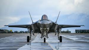 """صورة ترامب ينوي توقيع صفقة """"F-35"""" مع الإمارات قبل ترك منصبه"""