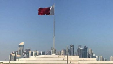 صورة بالفيديو: لحظة رفع علم دولة قطر في الرياض لأول مرة بعد المصالحة الخليجية