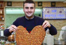 صورة بالفيديو .. موقف محرج تعرض له الشيف بوراك بمطعمه في دبي