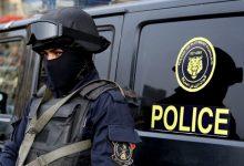 صورة شرطي مصري يقتل اثنين من زملائه