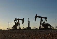 صورة أسعار النفط عند أعلى مستوى في 13 شهرا بفعل عاصفة