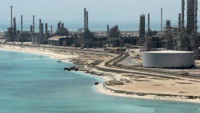 صورة استهداف ميناء رأس تنورة ومرافق لأرامكو بالسعودية