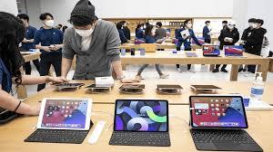 صورة أبل تطرح أجهزة iPad Pro بشاشة mini LED