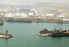 صورة الرياض تعلن استهداف ميناء رأس تنورة ومرافق لأرامكو