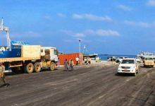 صورة الإمارات تسيطر على ميناء سقطرى وتتطلع لمطارها