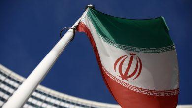 صورة إيران تنتصر.. انتزعت أموالها من فم الأسد