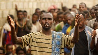 """صورة """"رايتس ووتش"""" تتهم الحوثيين بالتسبب في وفاة عشرات المهاجرين بحريق"""