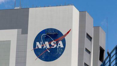 """صورة بايدن يختار سيناتورا سابقا قام برحلة إلى الفضاء لقيادة """"ناسا"""""""