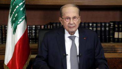 صورة الرئيس اللبناني  يتشاور مع السفير السعودي لتشكيل الحكومة
