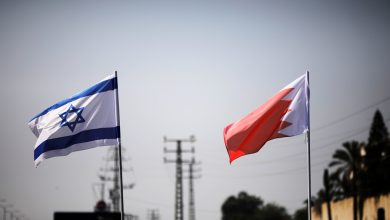 صورة إسرائيل والبحرين يوقعان اتفاقية تبادل البريد بين البلدين