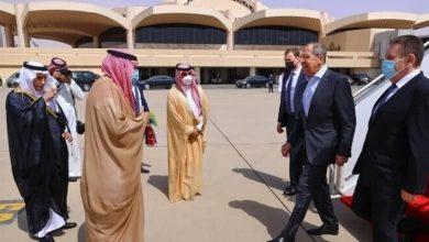صورة قادمًا من الإمارات.. لافروف يصل إلى السعودية