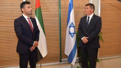 """صورة أول سفير إماراتي في إسرائيل يصل """"تل أبيب"""""""
