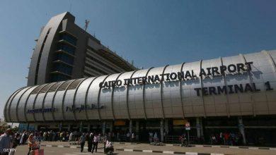 صورة لهذا السبب.. طائرة بمطار القاهرة تقلع براكبة واحدة