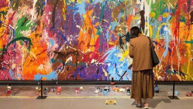 صورة خطأ زائران يتلف لوحة قيمتها 500 ألف دولار