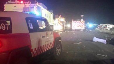 صورة مقتل 7 أشخاص بحادث سير كبير وسط السعودية