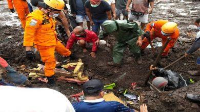 صورة صور: 157 وفاة في فيضانات بإندونيسيا