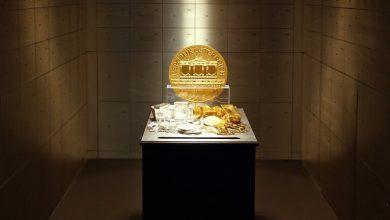 صورة صعود الذهب وهبوط الدولار