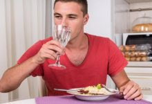 صورة حالات لا تشرب فيها الماء مع الطعام.. تعرف عليها