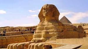 صورة من هو الملك الفرعوني الذي قام ببناء تمثال أبو الهول؟