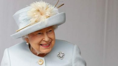 صورة شاهد أكبر ماسة في العالم في بروش الملكة إليزابيت الثانية
