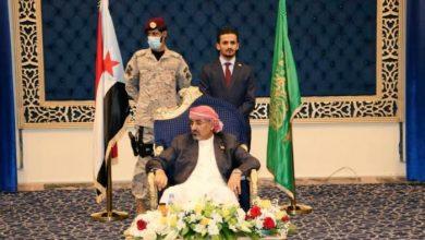 """صورة زعيم الانفصاليين باليمن يصف حكومة هادي بـ""""الاحتلال"""""""
