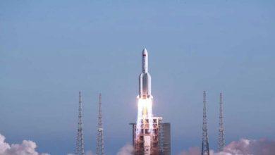 صورة صاروخ الصين الخارج عن السيطرة أين سيسقط؟