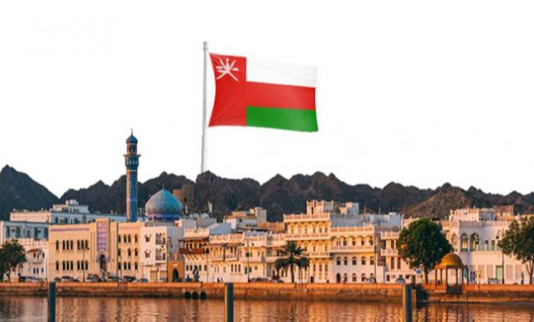 صورة اول رئيس وزراء في عمان؟