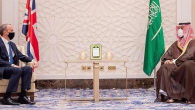صورة محمد بن سلمان يبحث مع وزير خارجية بريطانيا قضايا المنطقة