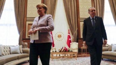 صورة أردوغان لميركل: لن نستطيع تحمل عبء هجرة إضافية من أفغانستان