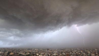 صورة الأرصاد تكشف توقعات حالة الطقس اليوم: أمطار ورياح نشطة وزخات من البرد على هذه المناطق