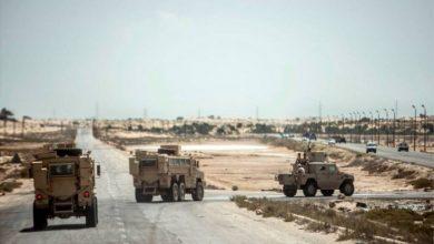 صورة الجيش المصري يعلن مقتل 9 من أفراده في اشتباكات بسيناء