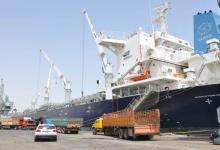 صورة الكويت وإيران تستأنفان الملاحة البحرية بعد توقف عام