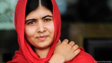 صورة بعد إطلاق طالبان رصاصة في رأسها.. الناشطة الباكستانية ملالا يوسف توجه رسالة لجميع الدول بشأن الأفغان