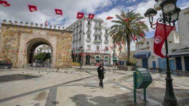 صورة بعد قرارات سعيد.. كيف تعيش تونس في ضبابية اقتصادية؟